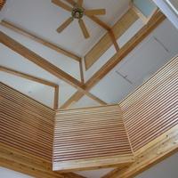 笛吹市 S様邸 木の温もりが感じられるLDK 化粧梁の大きな吹抜けデザイン住宅のサムネイル