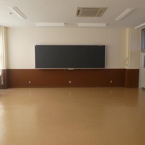 双葉中学校普通教室転用工事