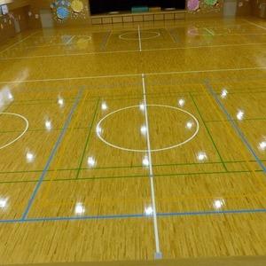 双葉地区小学校屋内運動場床維持工事